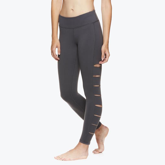 22889199b2 The Best Yoga Pants for Your Shape | Shape Magazine