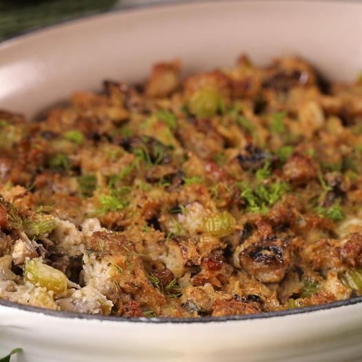 keto thanksgiving recipe sausage stugging
