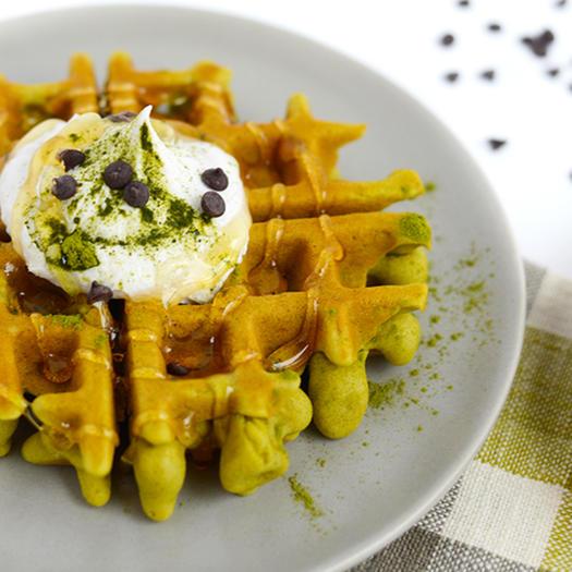 matcha green tea healthy waffles