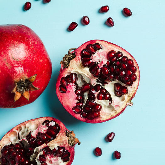 pomegranates top healthy food good for skin