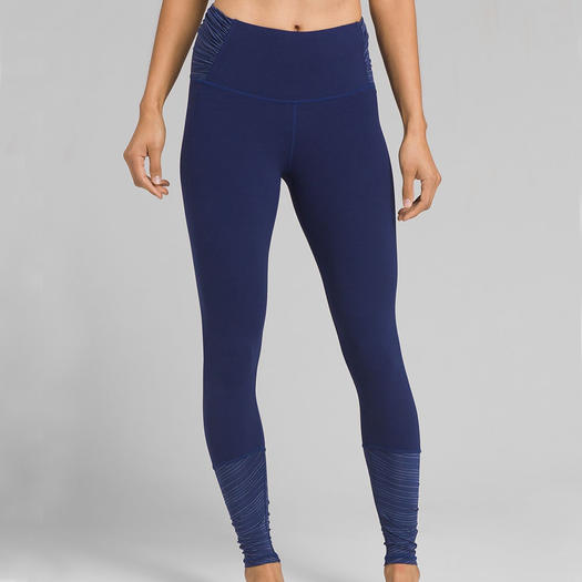 8e6cf0a4115ad The Best Yoga Pants for Your Shape | Shape Magazine