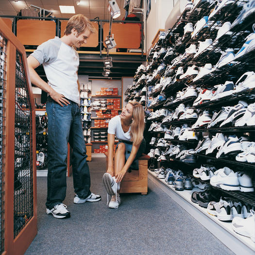 8 Tips for the Right Shoe Shopping