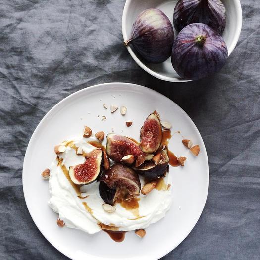 skyr as a high protein low carb food idea