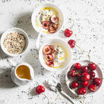 greek yogurt high protein low carb food idea
