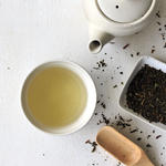 drinking green tea for healthy skin benefits