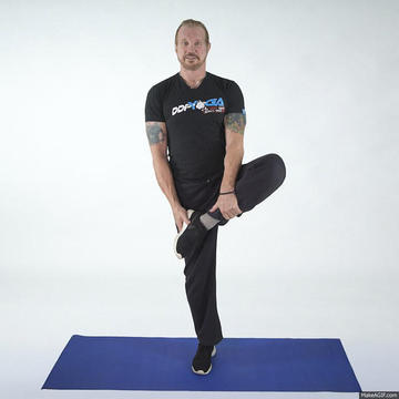 ddp yoga workout routine to burn fat  build muscle