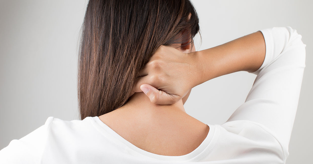 woman-stretching-cracking-neck-wide.jpg