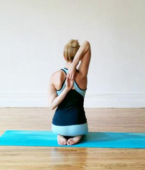 Kneeling Shoulder Opener