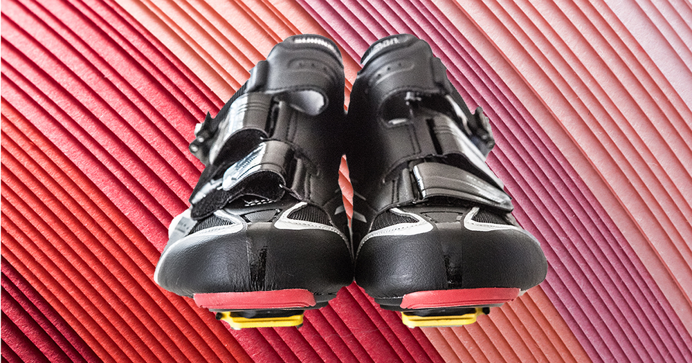 wide-indoor-cycling-shoes.jpg