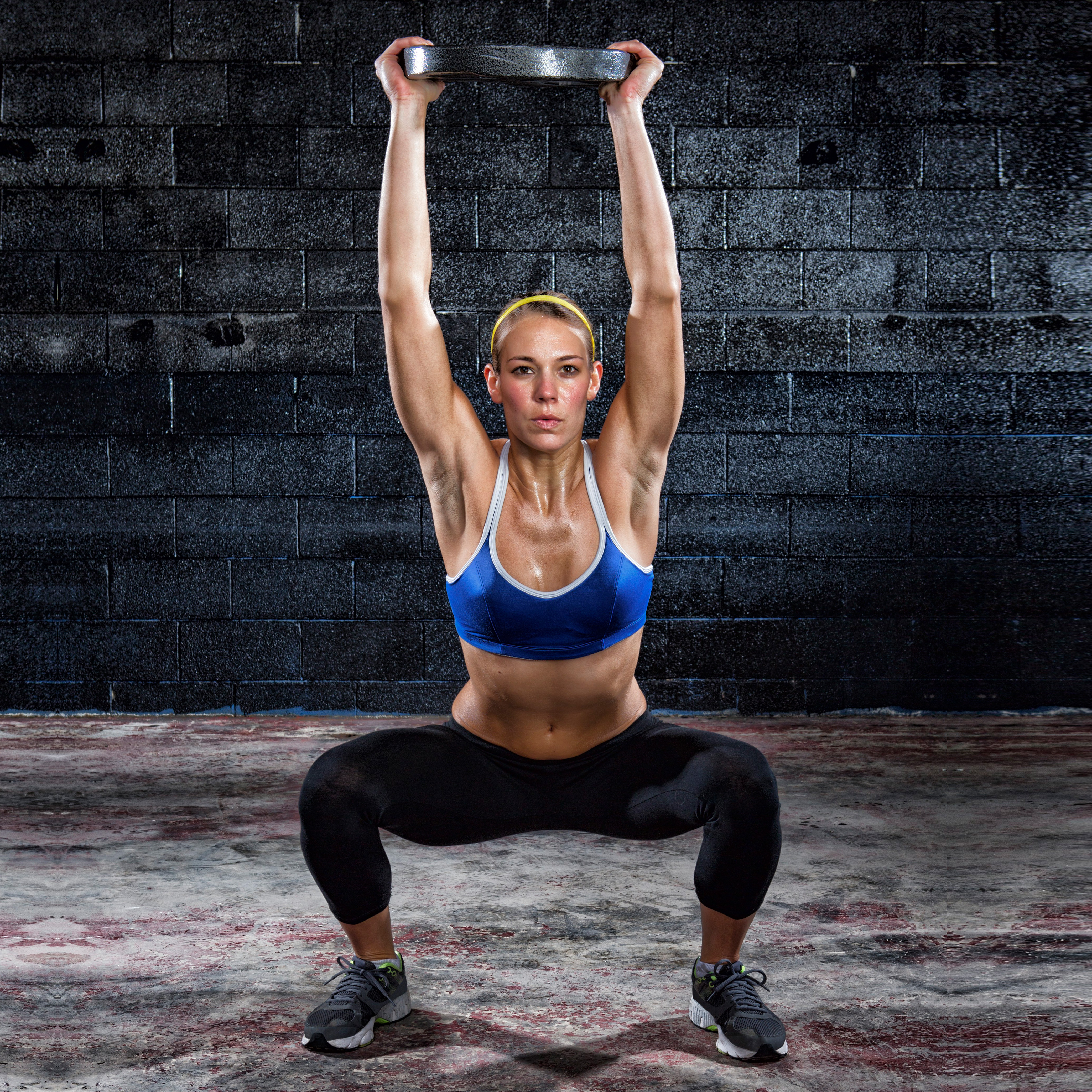 7 Weight Plate Strength Exercises That Work Wonders